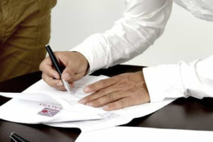O divórcio e o inventário podem ser realizados em cartórios
