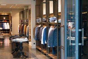 Conheça 4 maneiras fáceis de comandar financeiramente uma loja